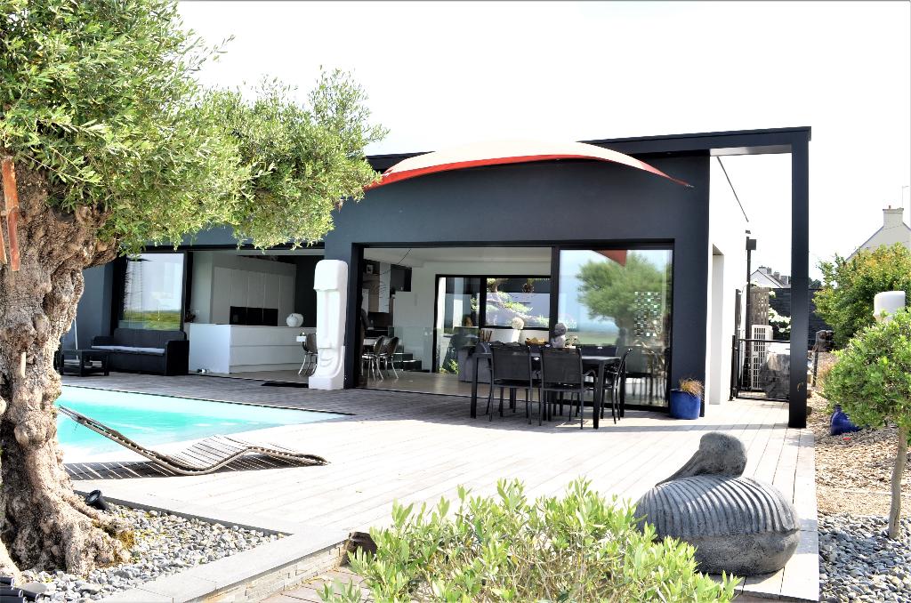 Maison Séné 7 pièces 228 m2 - 2 studios  - piscine à débordement, parc - 800m des plages / 10min port de Vannes