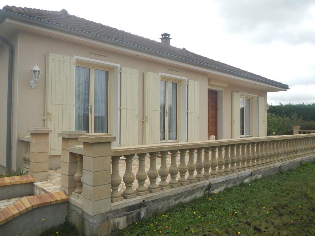 Maison La Suze Sur Sarthe 5 pièce(s) 105 m2