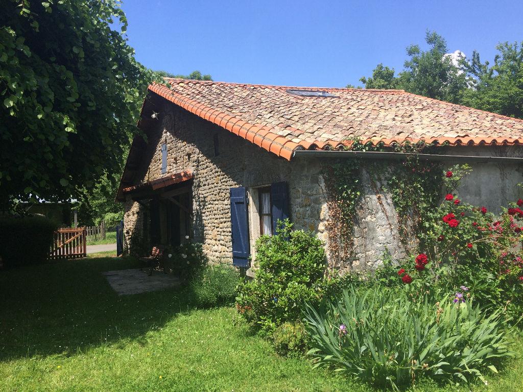 Maison Nanteuil 6 pièce(s) 122 m2