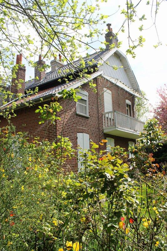 Maison individuelle + dépendances-Douai 6 chambres