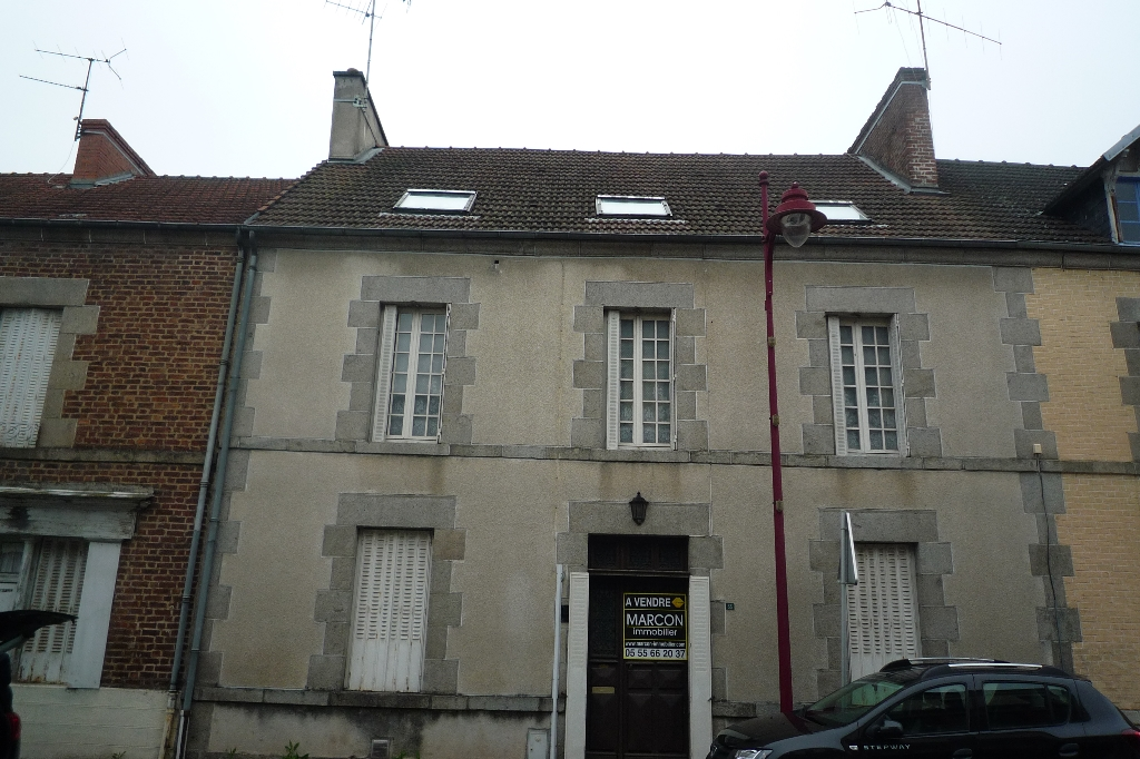 Maison Lavaveix Les Mines 9 pièce(s) 259 m2