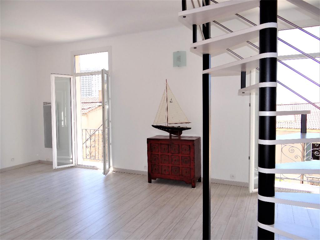 Appartement Toulon  La Loubière 3 pièces 82 m2
