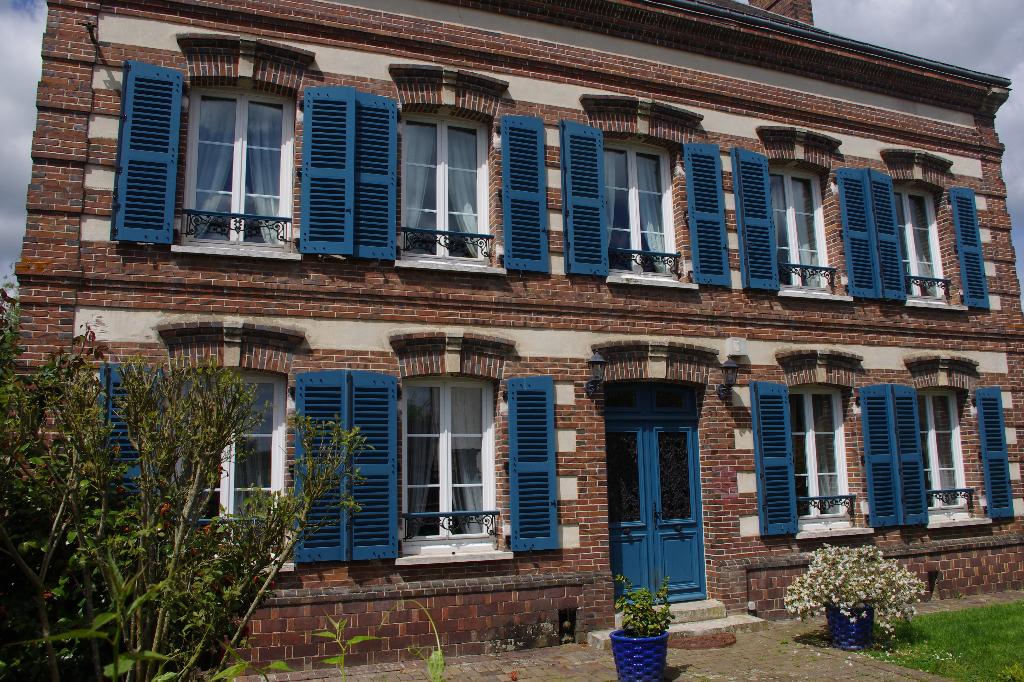 27810 Marcilly Sur Eure . Maison 8 pièce(s) 226 m2