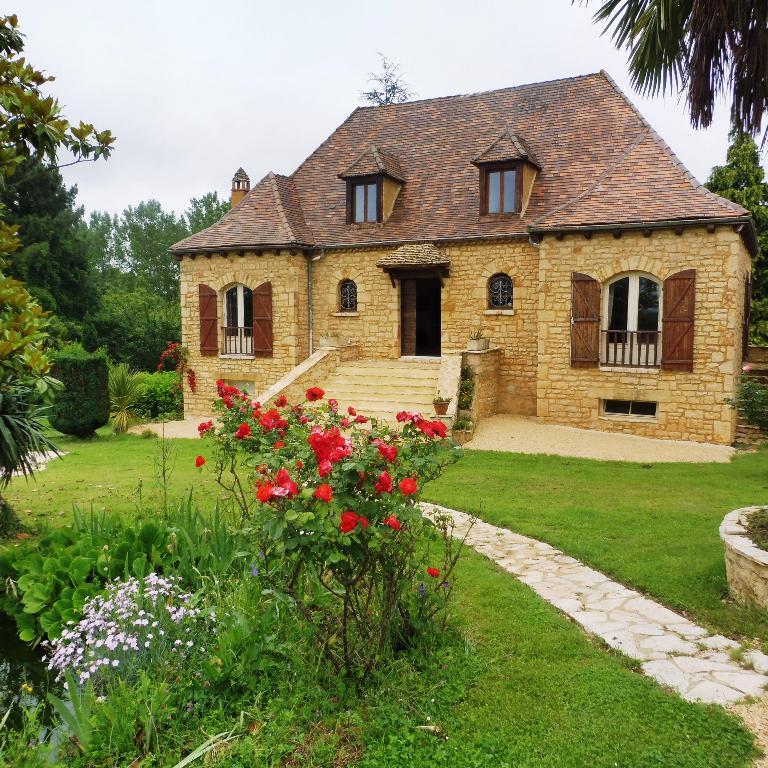 Maison en pierre,  17 pièce(s) 250 m² habitable