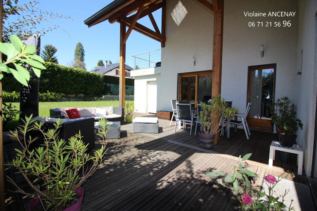 Maison d'architecte,  Tresserve  village,  178 m2