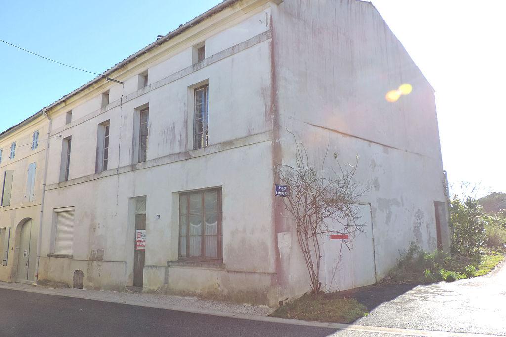 Maison Burie 5 pièce(s) 110 m2