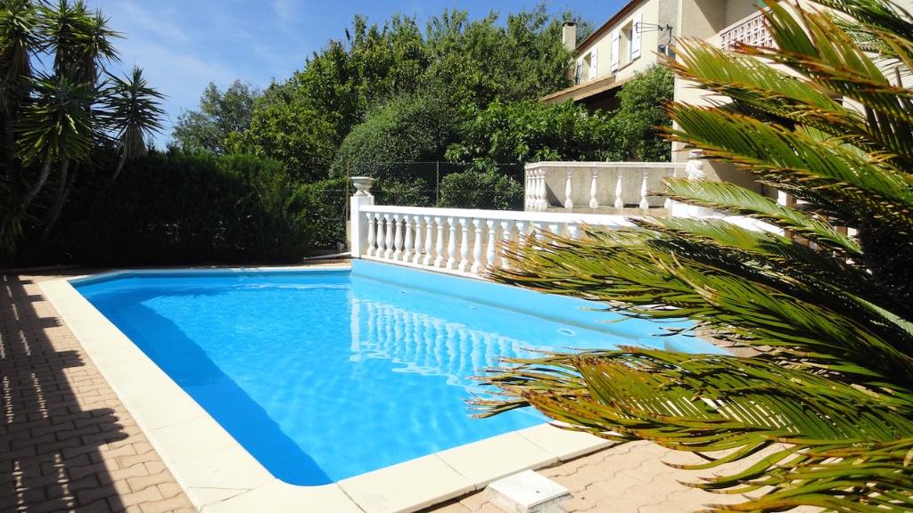 Villa beziers avec sous sol et piscine