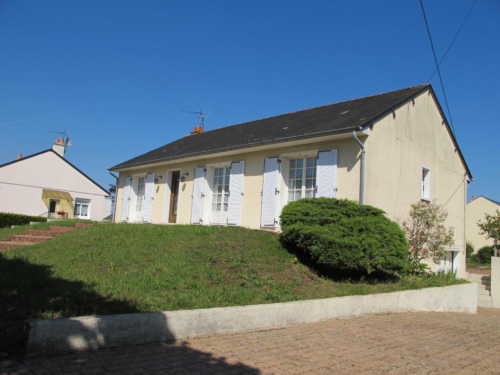 Maison Doue En Anjou 5 pièce(s) 98.04 m2
