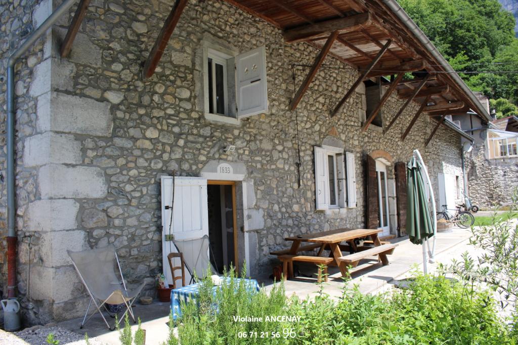 Maison Saint Alban Leysse 6 pièce(s) 152.10 m2