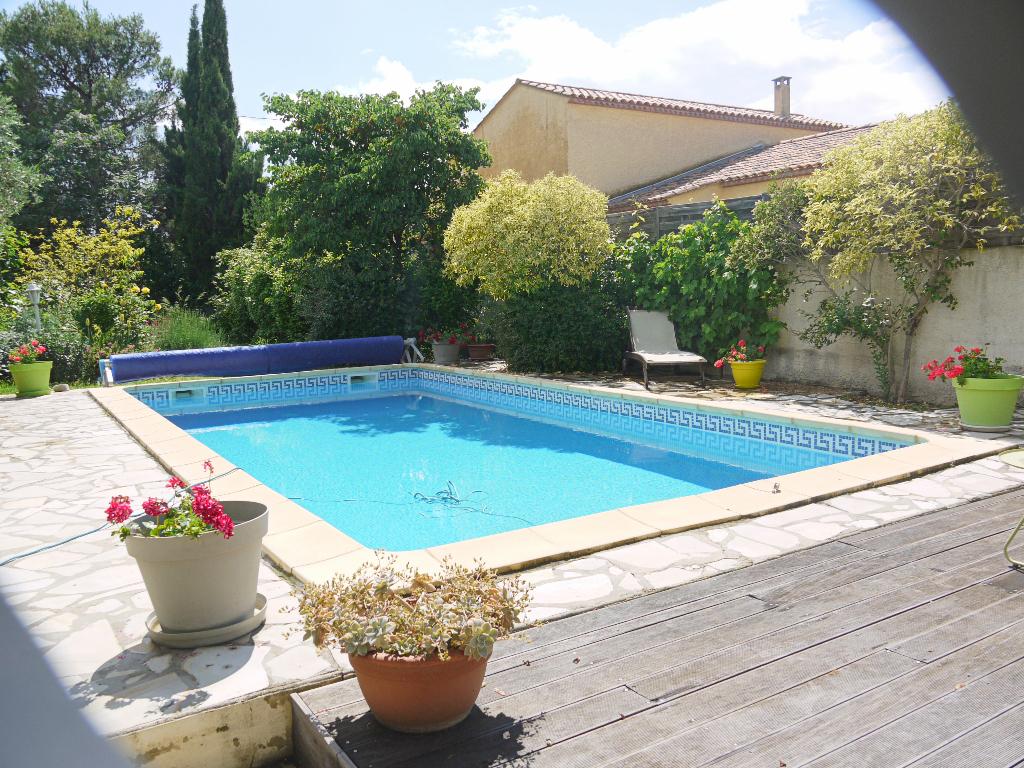 Cournonterral Charmante maison de 145 m2 sur terrain paysager avec piscine de 1060 m2