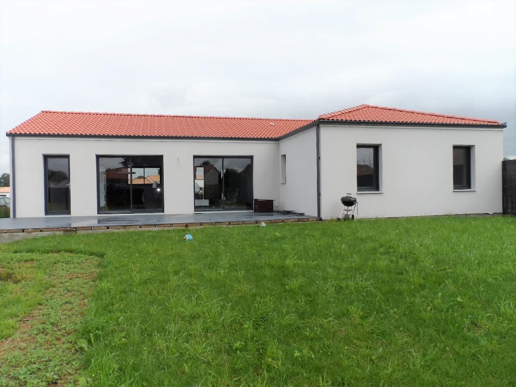 Maison Jallais 125 m² - 3 chambres