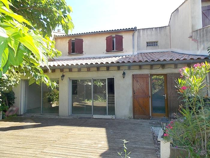 Maison hameau de Carcassonne 130 m2