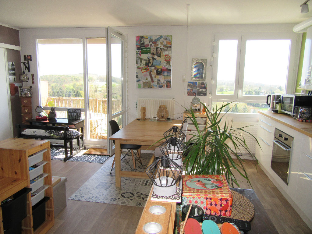 EXCLUSIVITE - APPARTEMENT T5 FOUGERES