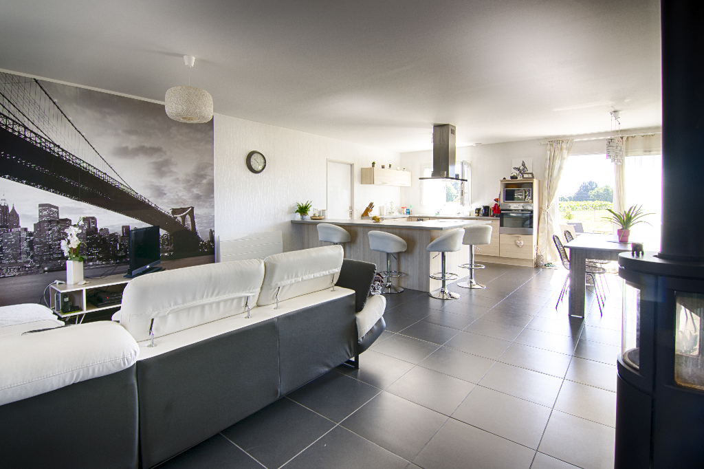 Maison Jaunay Marigny 5 pièce(s) 107 m2