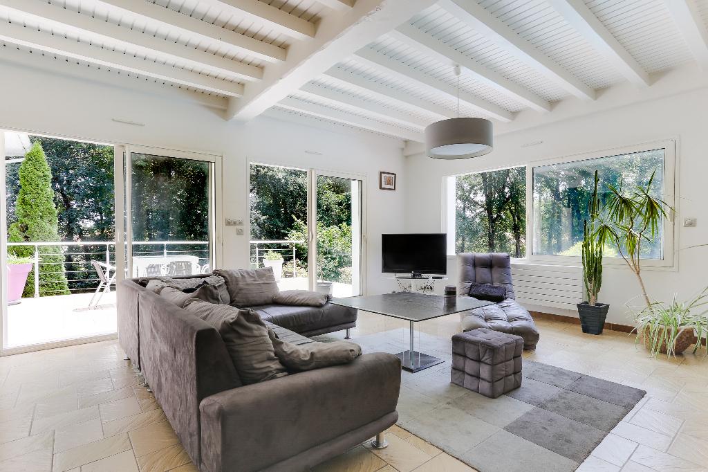 Maison Cestas 8 pièce(s) 210 m2