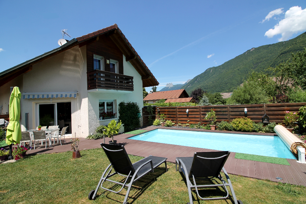 Maison 92 m², 4 Chambres,  DOUSSARD (74210)