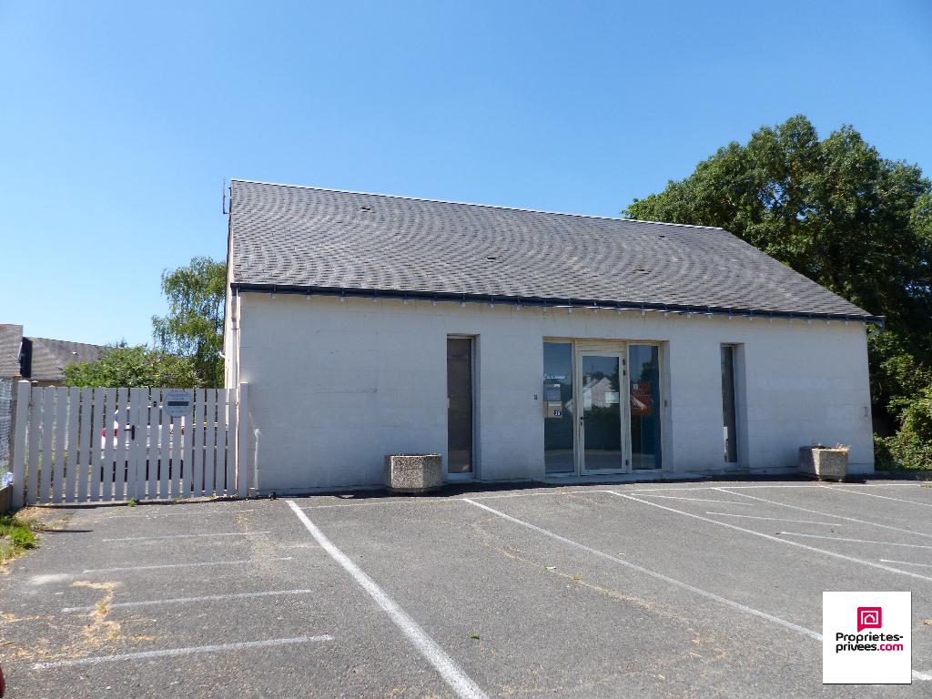 Local commercial Chinon et Habitation 4 pièce(s) 180 m2