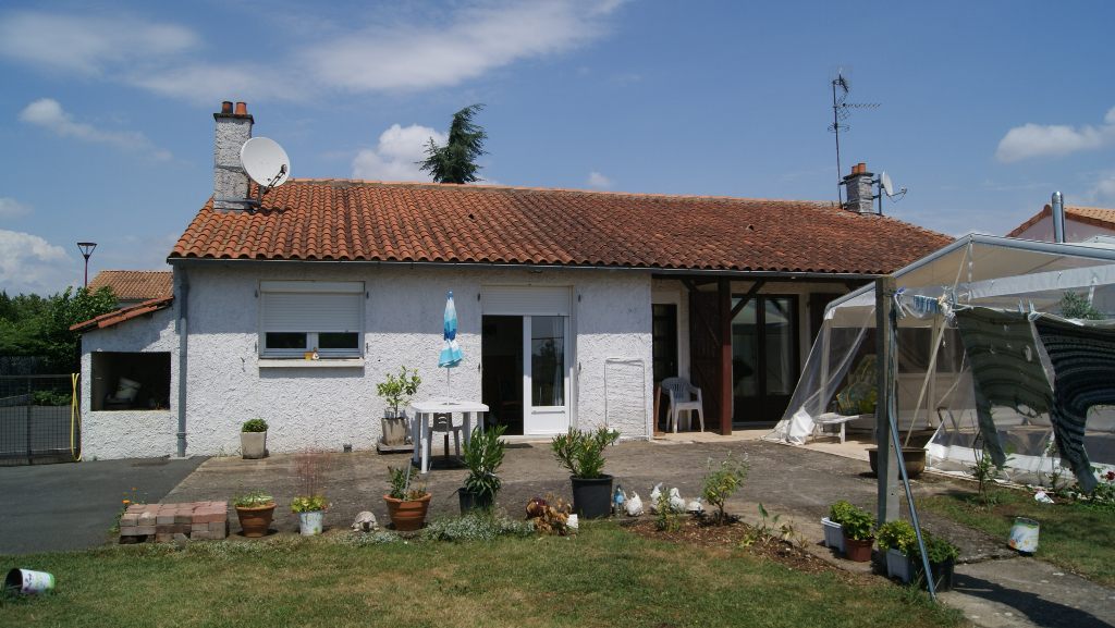 Maison Vouille 5 pièce(s) 110 m2