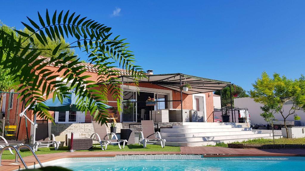 Villa Cannes Et Clairan 6 pièce(s) 147 m2