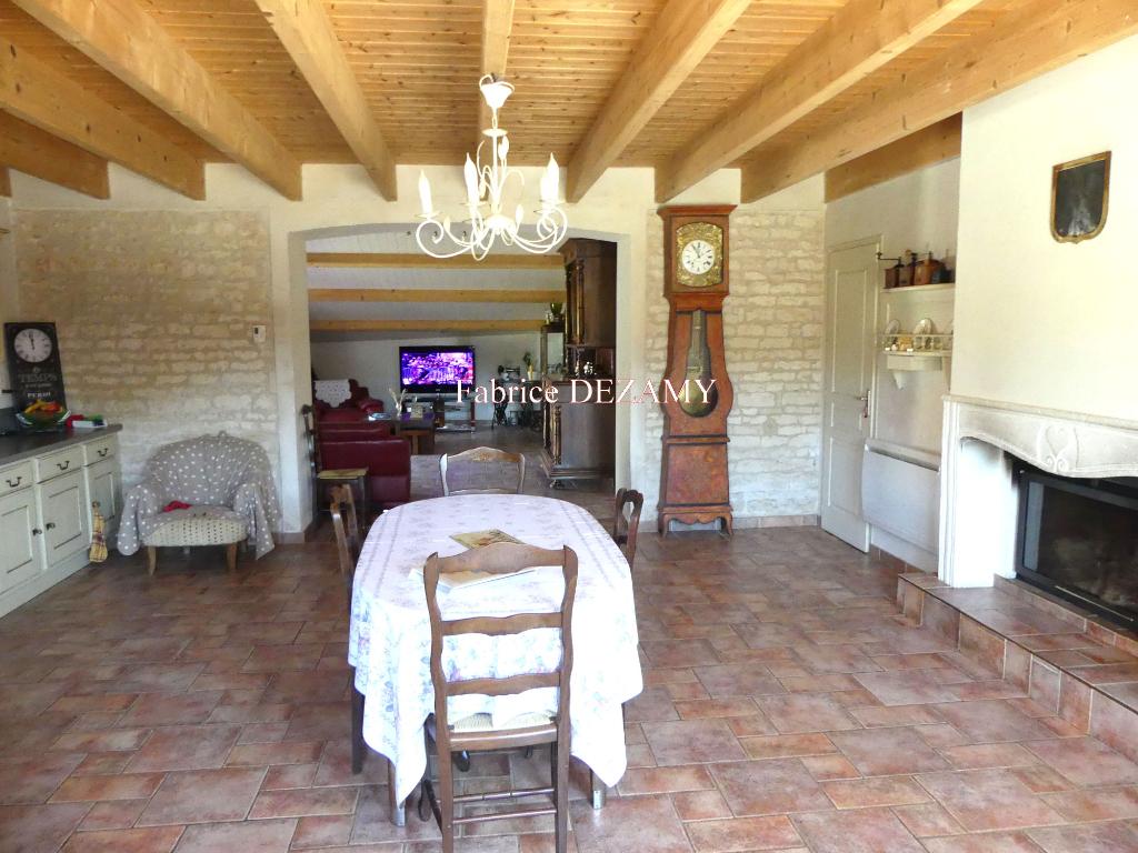 Maison à sainte gemme la plaine  6 pièce(s) 135 m2