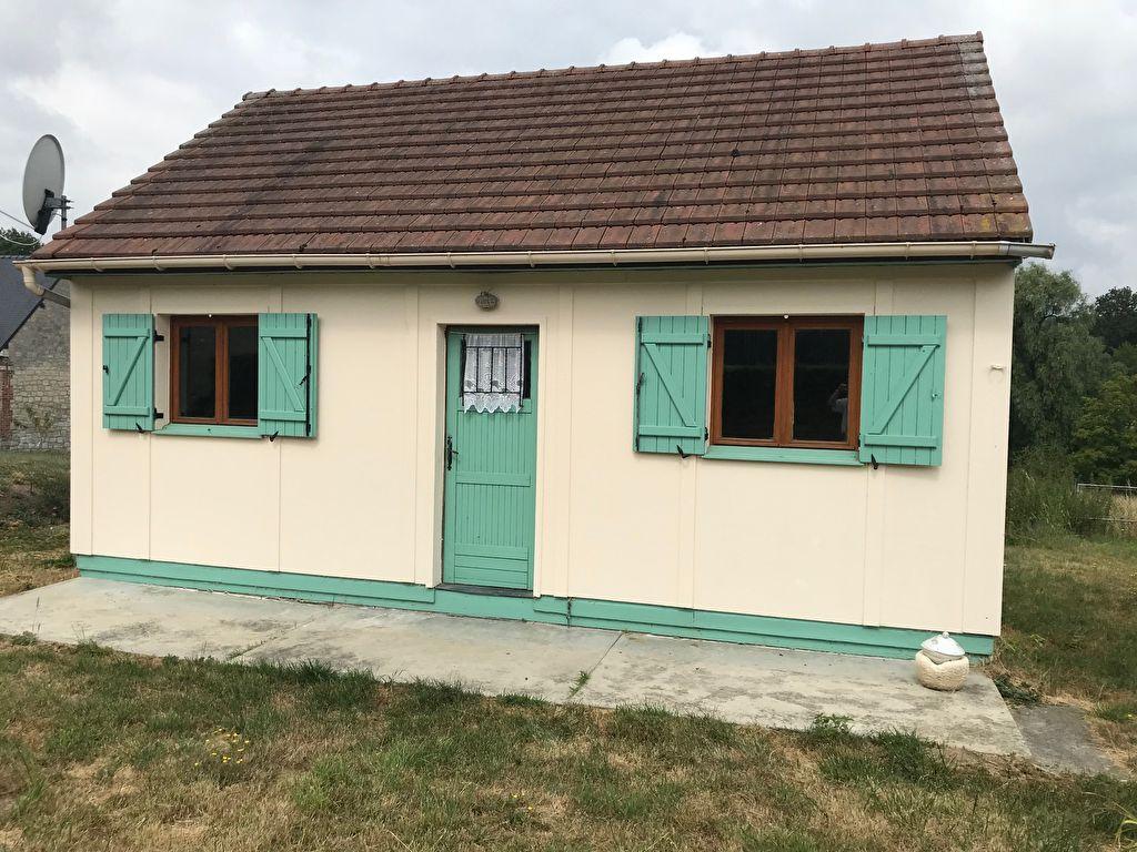 Maison proche bourg tous commerces avec terrain de plus de 3300 m2