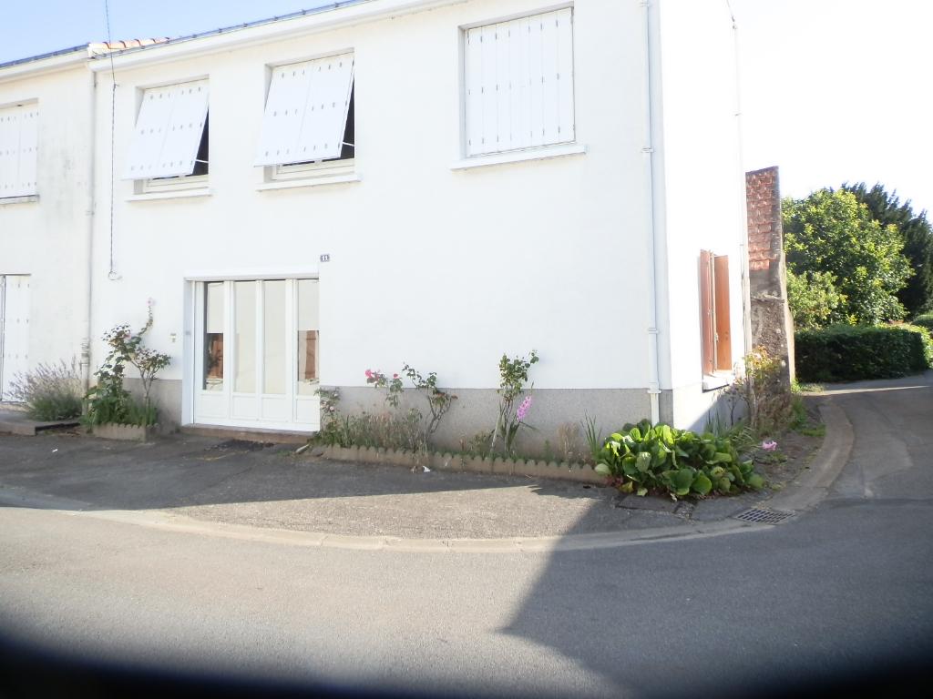 Maison  5 pièce(s) 102 m2