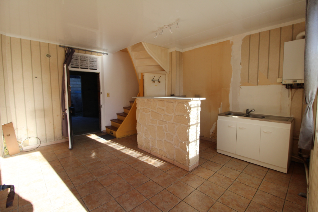 EXCLUSIVITE -Maison à rénovée - 60250 BURY