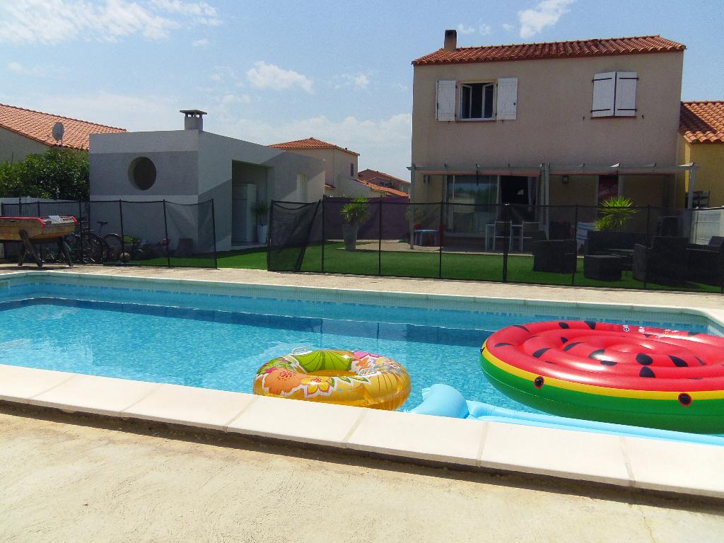 Maison de 128 m², 4 chambres, piscine, cuisine d'été, terrain 505 m²