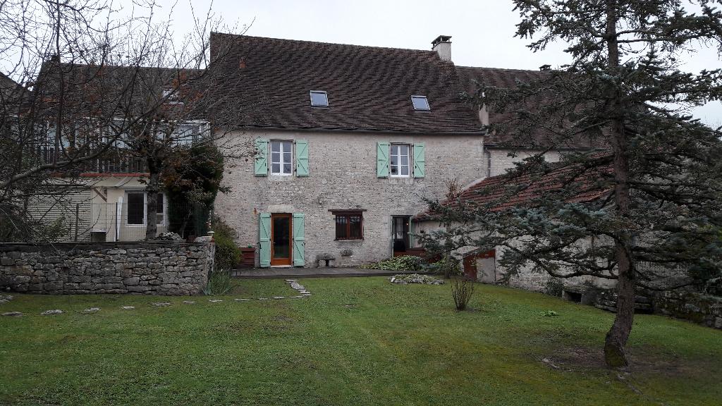 Maison en pierre  (résidence secondaire)
