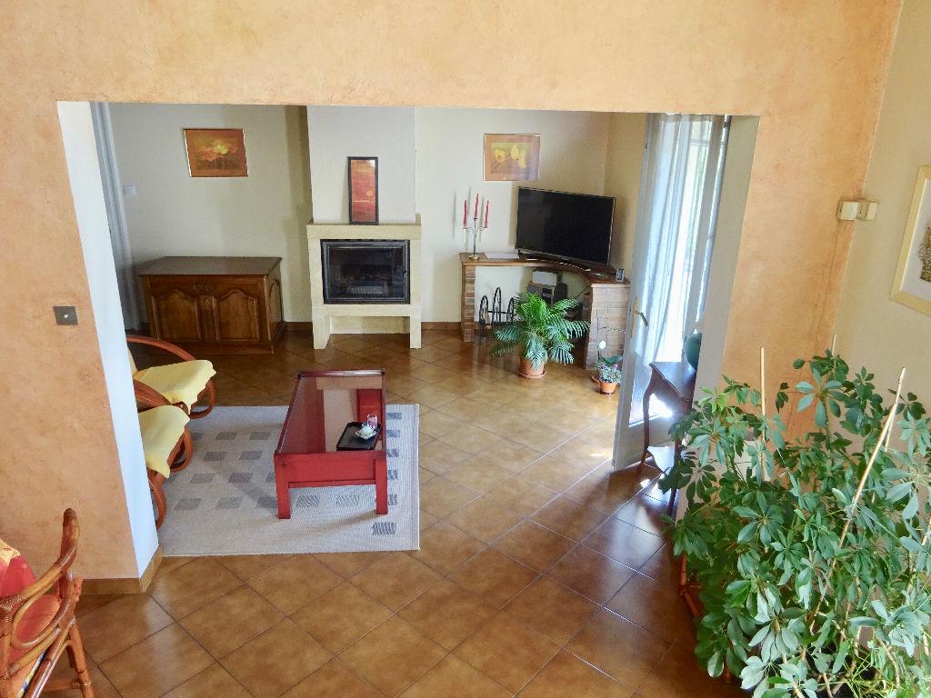 Maison THEZE 5 pièce(s) 107 m2