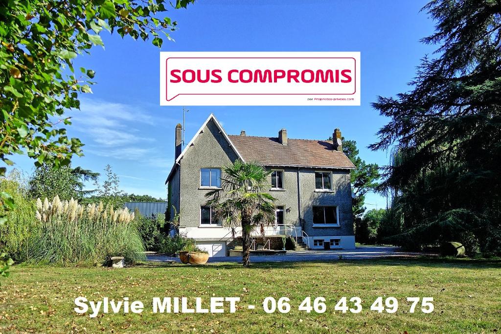 Maison - 9 piece(s) - 230 m2