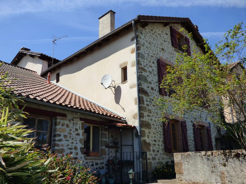 Maison Rochechouart 7 pièce(s) 180 m2