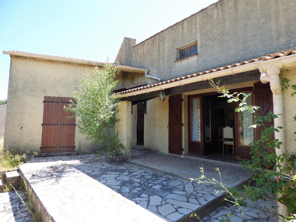 Maison Abeilhan 4 pièce(s) 68 m2 avec garage sur 725 m² de terrain