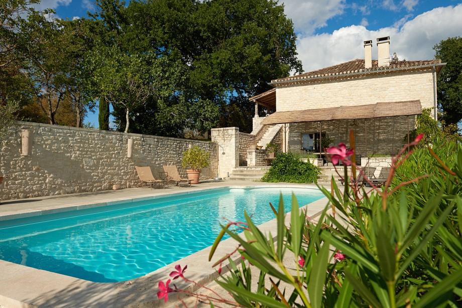 Maison et gîte avec piscine et vue panoramique