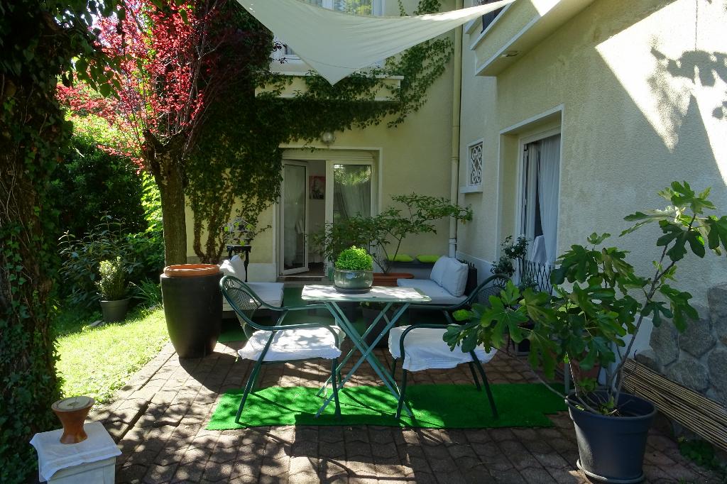 Villa de Charme Saint Etienne 8 pièce(s) 200 m2