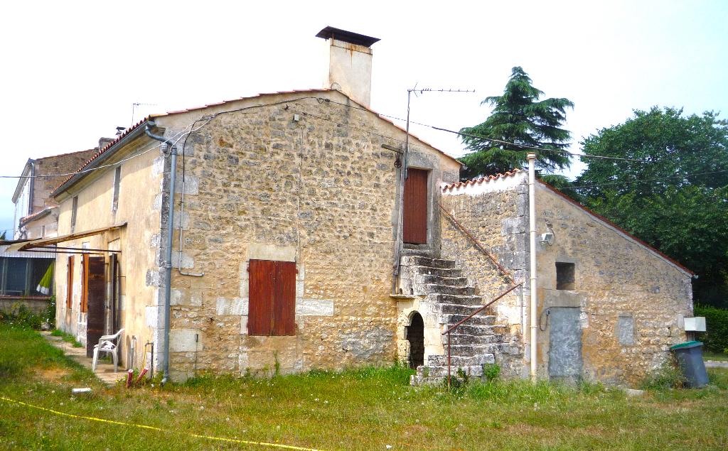 Maison à Rénover Saintes 5 pièce(s) 122 m2