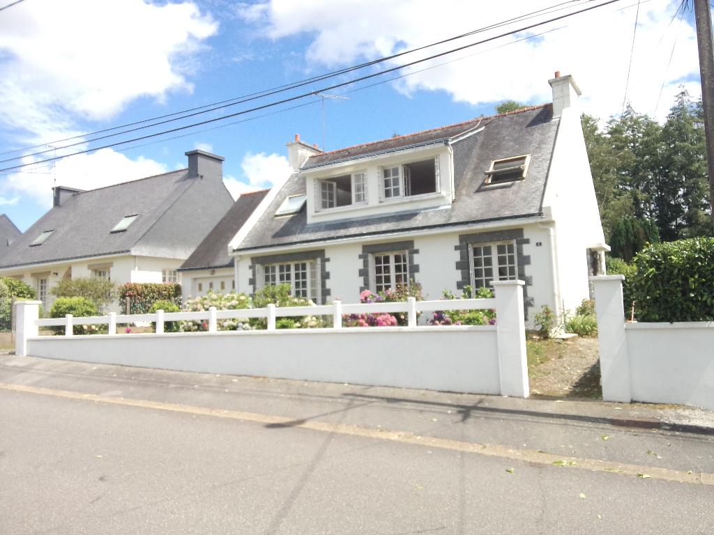 Maison Lignol  avec 2 logements, jardin et garage