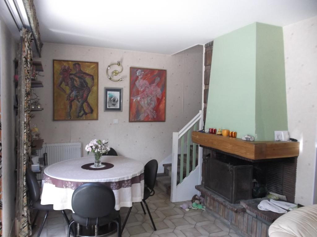 93370 Montfermeil - Secteur Mairie - Maison 5 pièces 90 m² - 4 chambres- Garage- jardin