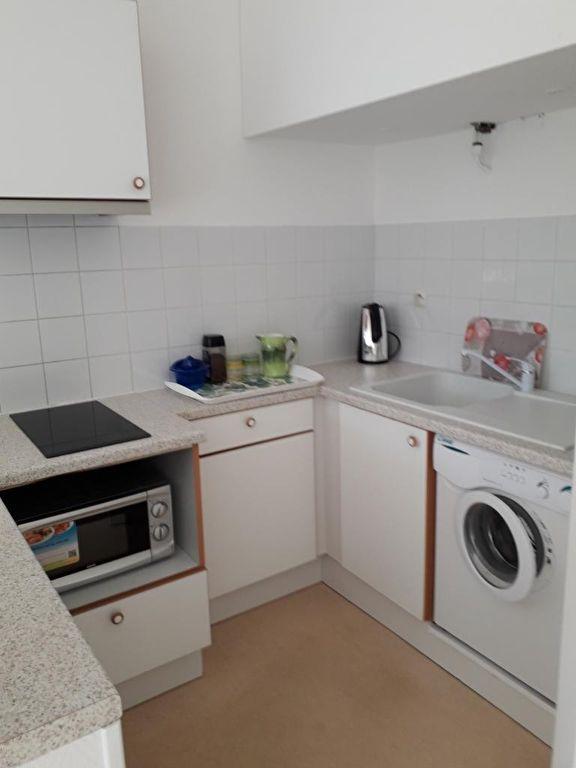 Appartement 1 pièce(s) 26 m2 . Baisse de prix
