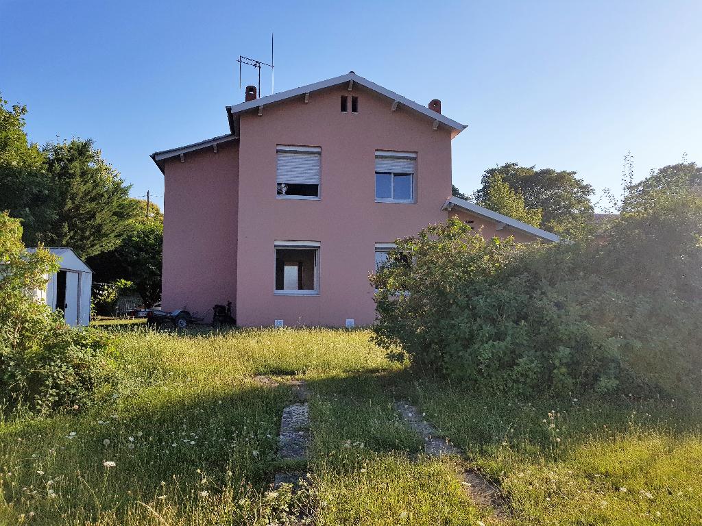 Maison Castelnaudary  5 pièce(s) 90 m2 hors lotissement