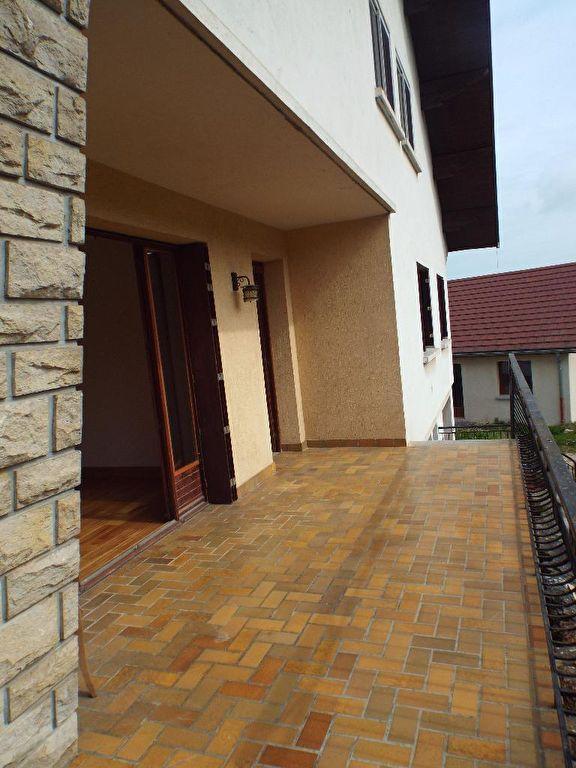 Lons : villa contemporaine 168 m2 avec terrain 12 ares