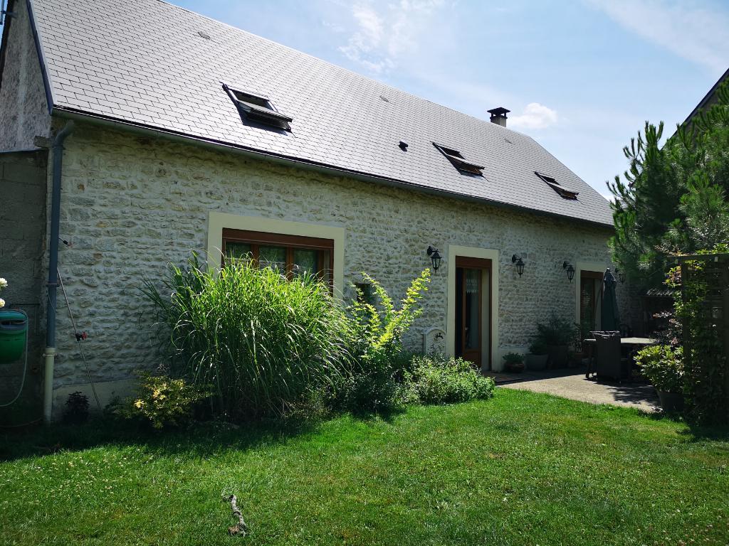 Maison  4 pièces 130 m2 avec jardin clos