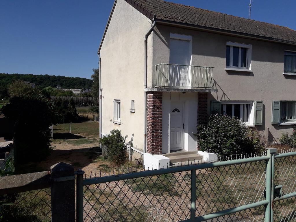 AUNAY SOUS CRECY 28500 Maison 1 étage 3 chambres-garage-cave-terrain- 116990 HAI