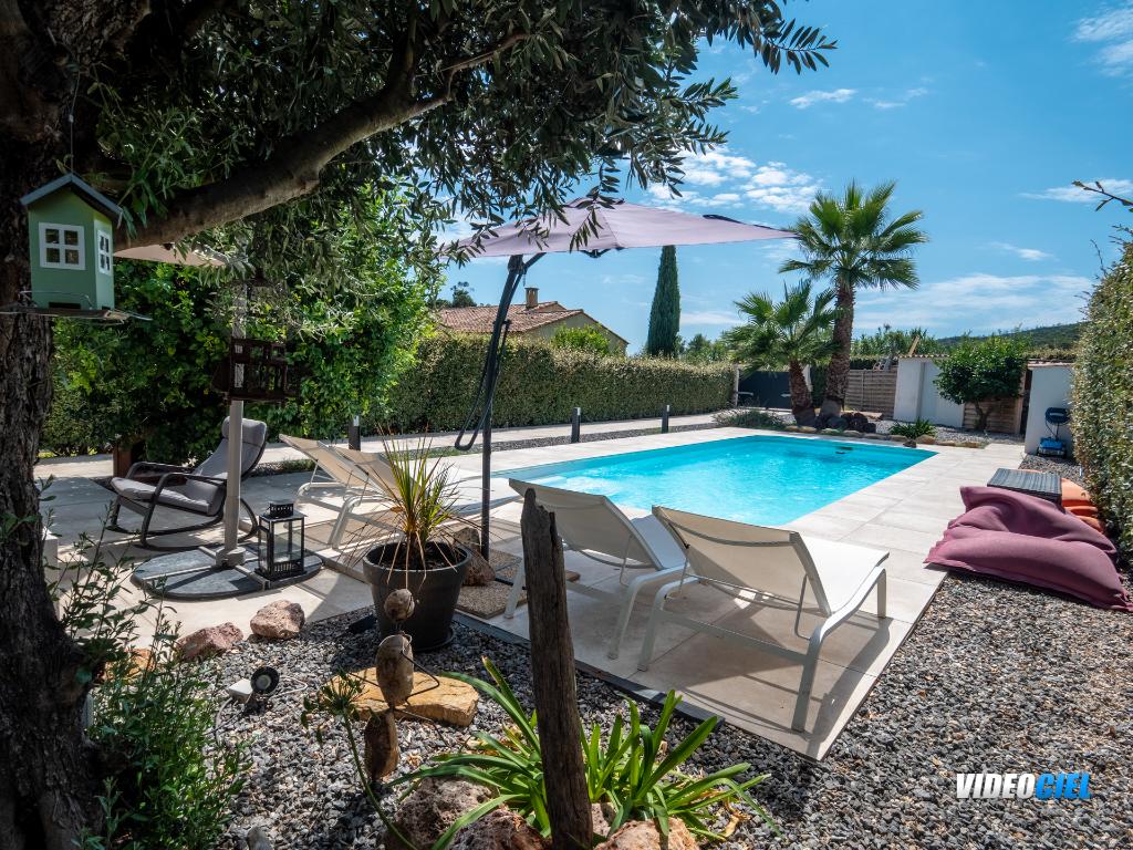 Maison Bormes Les Mimosas Villa T5 150 m2+annexes+piscine