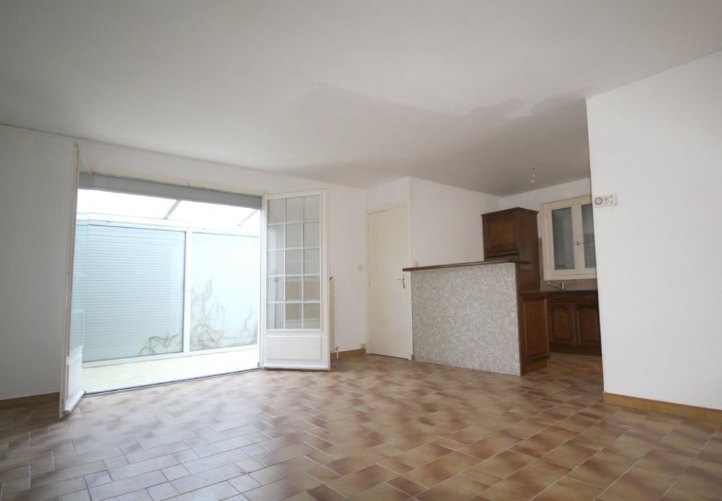 Maison Saint Etienne Le Molard 2 pièce(s) 75 m2