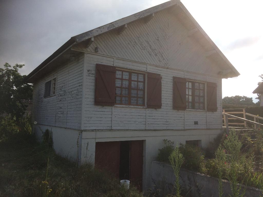 Proche Louviers et Les Andelys Maison Type Chalet sur sous-sol Total avec jardin de 625 m²