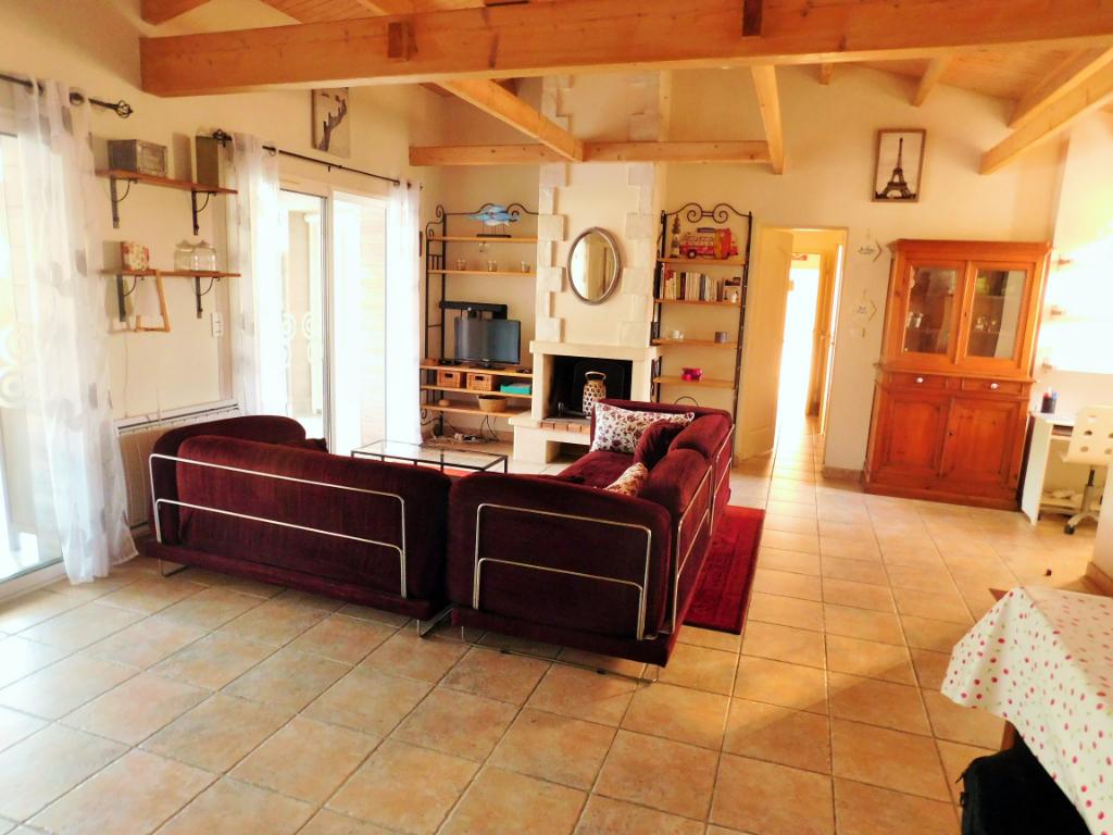 Maison Le Chateau D Oleron 5 pièces 145 m2