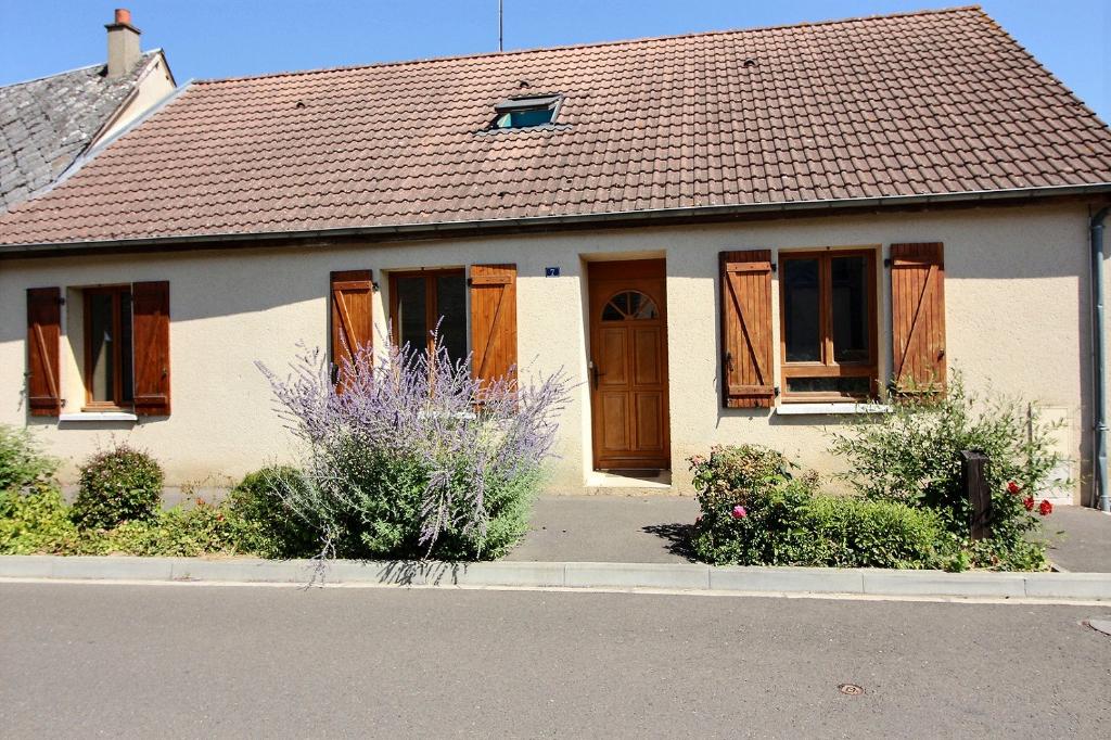 Grande maison familiale avec garage et jardin