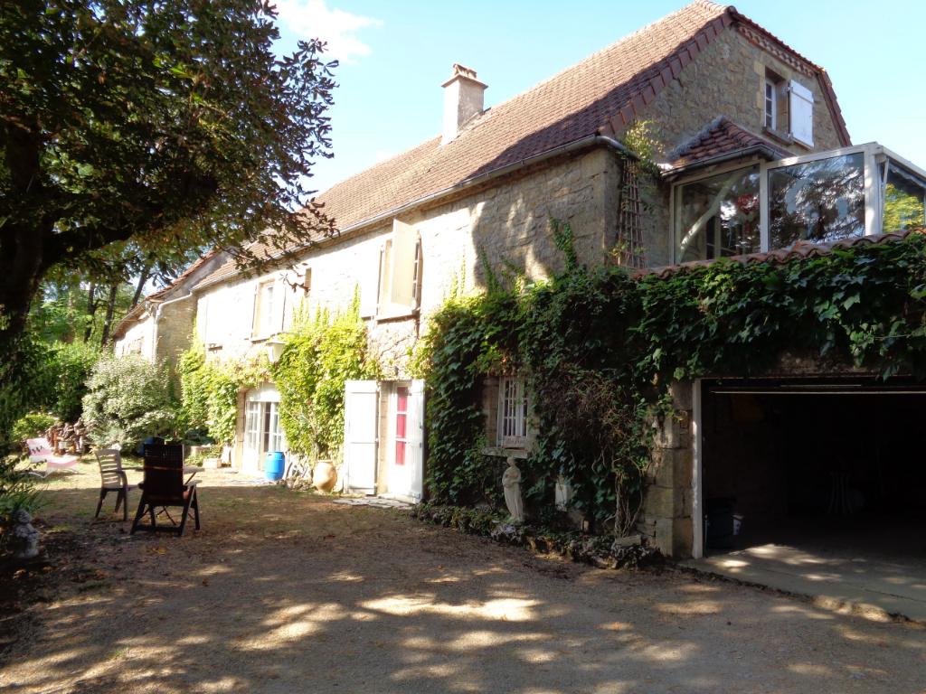Belle Maison de Village ALVIGNAC 6 pièce(s) 110 m2