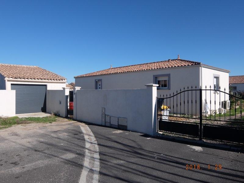 Ttres belle villa au calme avec un grand garage